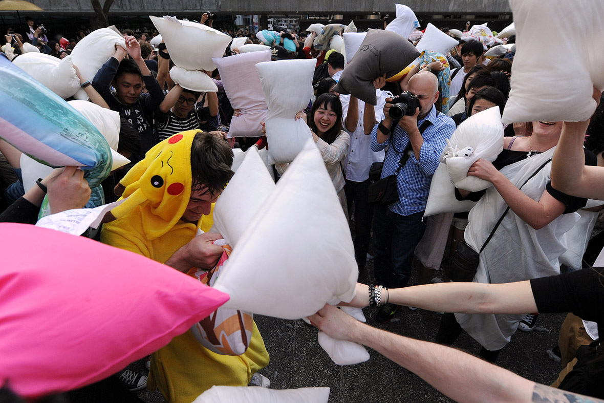 pillow fight Hong Kong