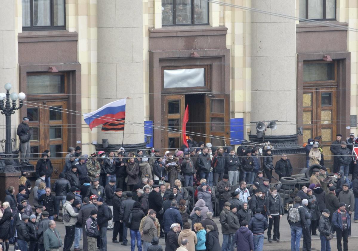 Crimea crisis and unrest in eastern Ukrainian cities