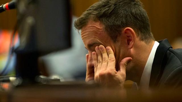 Pistorius Apologises to Steenkamp Family