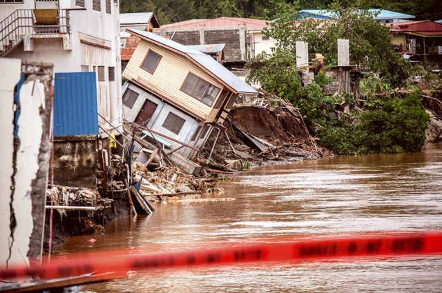 Solomon Island Struggles in Flood Aftermath