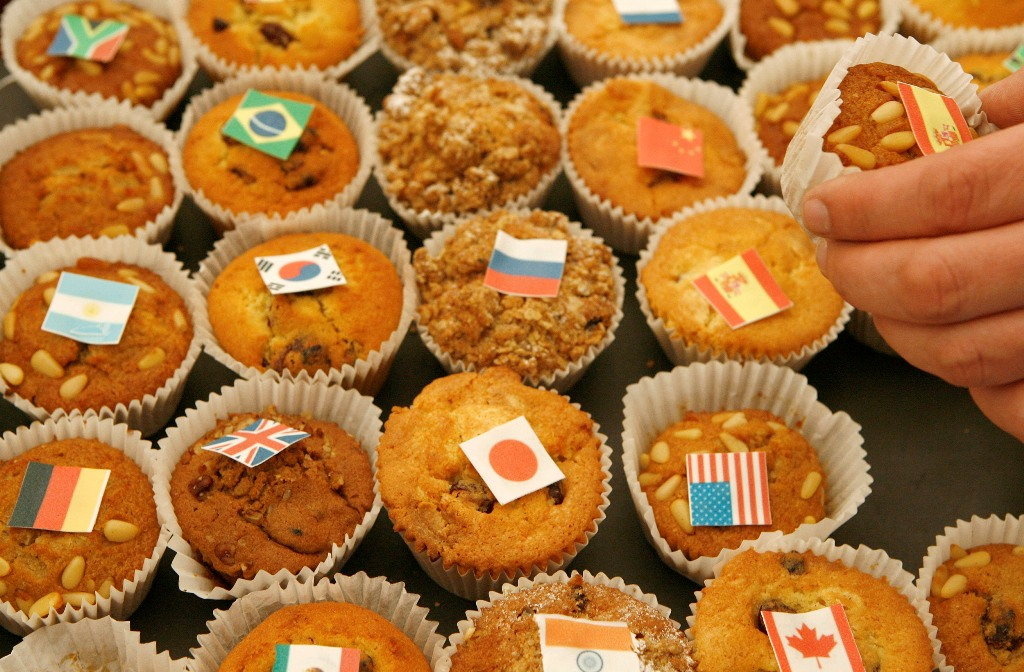 Muffins With G20 Flags