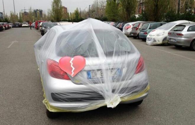 Italian car manufacturer Fiat Wraps Up vehicles of Unfaithful Employees