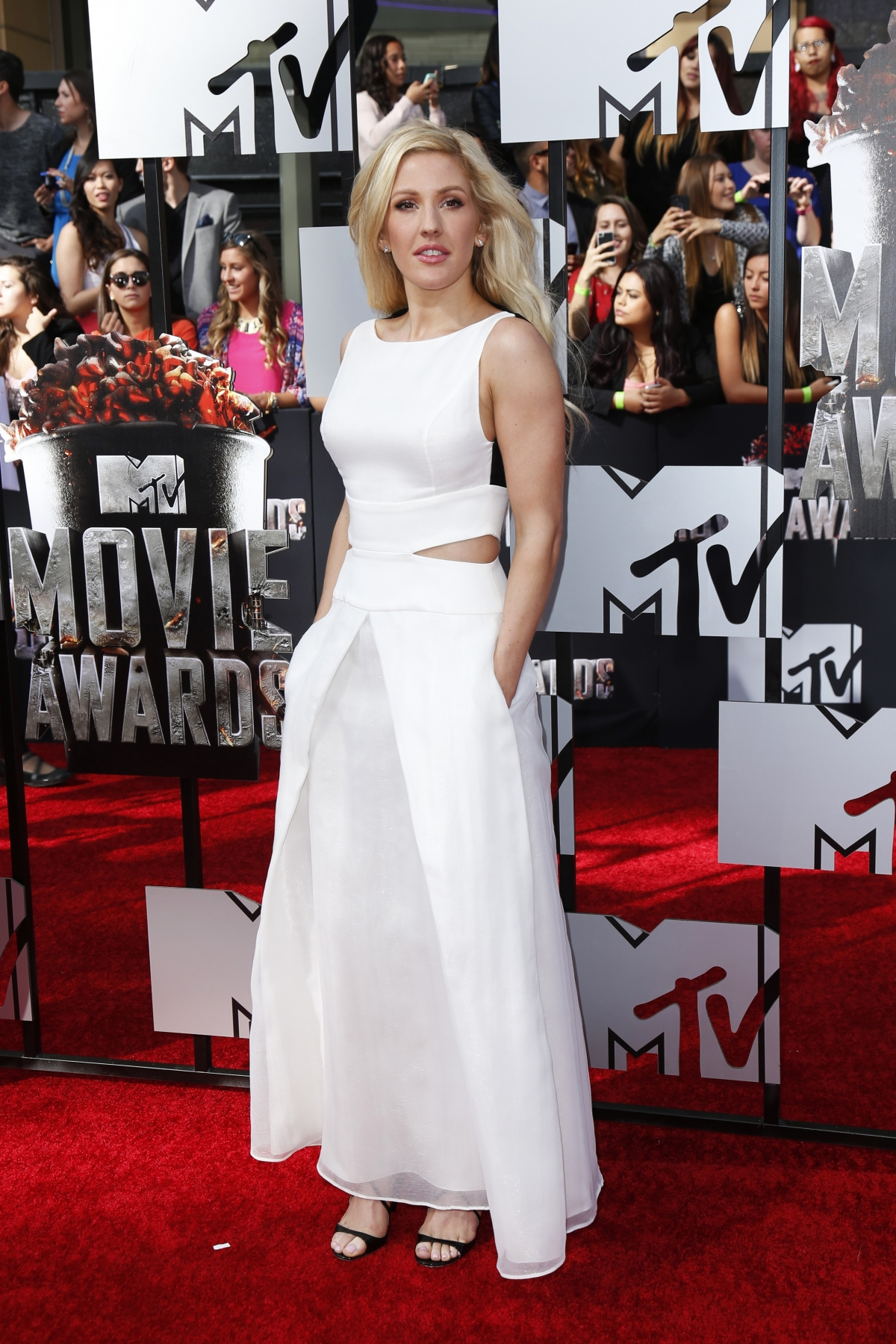 Singer Ellie Goulding arrives at the 2014 MTV Movie Awards in Los Angeles, California