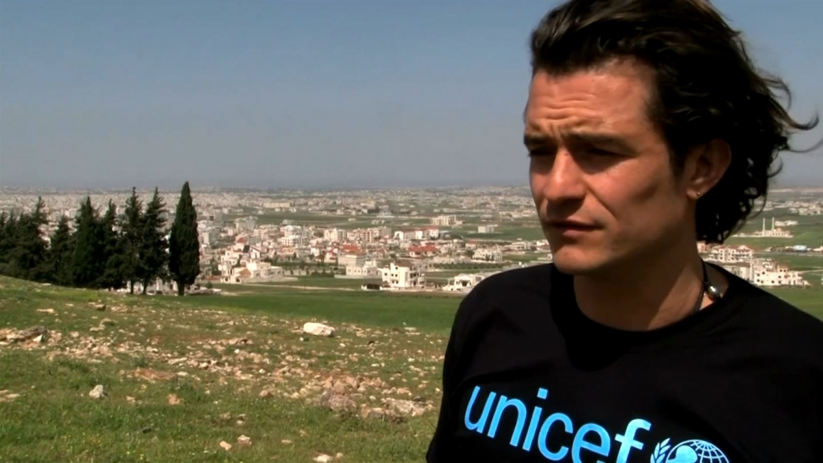 Orlando Bloom Meets With Syrian Refugees