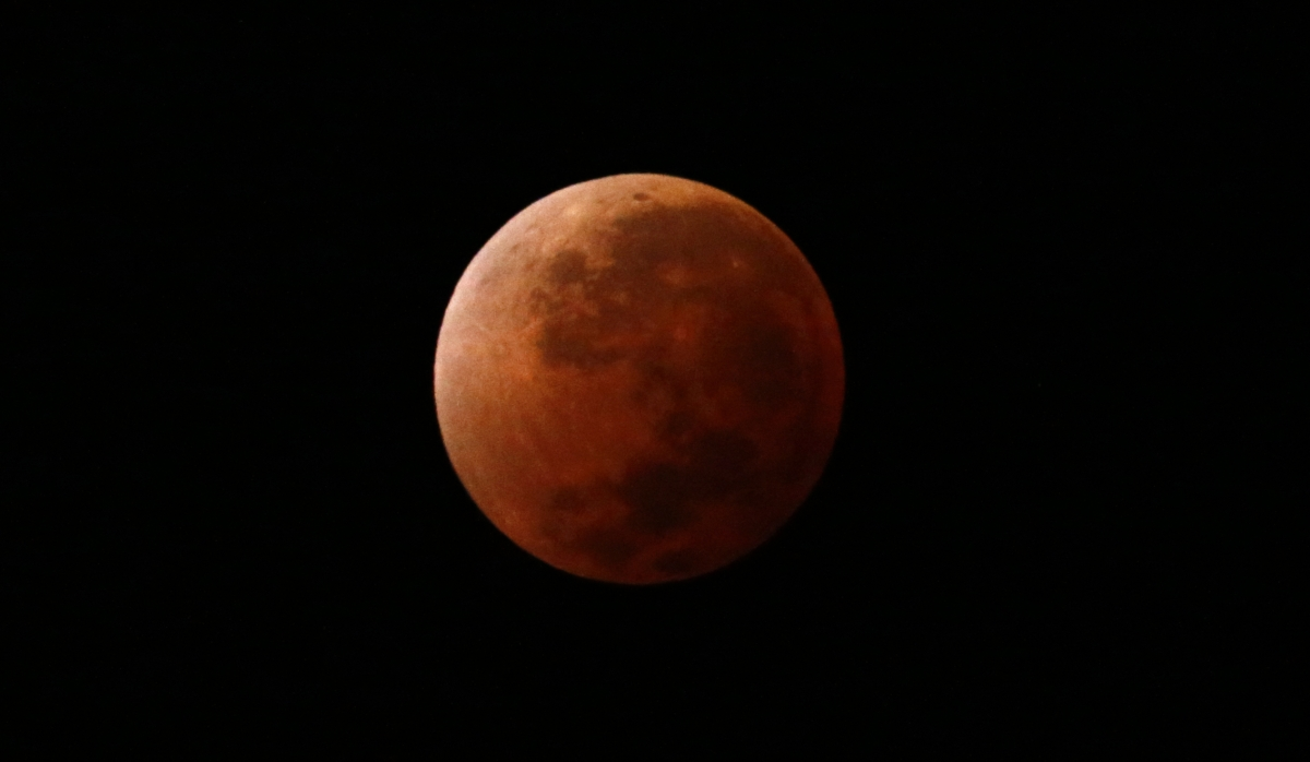 Total Lunar Eclipse 2014: Video of Blood Moon