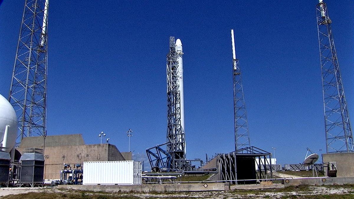 spacex model rocket - photo #32