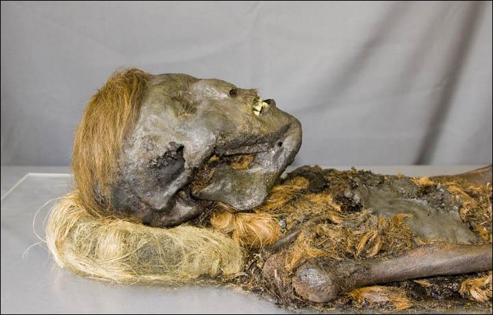 Siberian mummy of mysterious origins