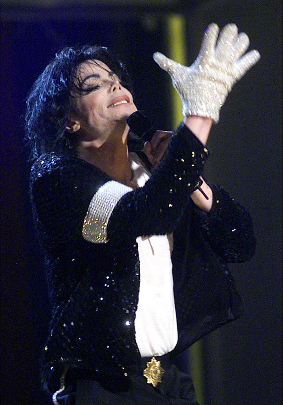Michael jackson tribute concert to take place in cardiff for Jackson galaxy band