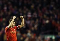 Liverpool\'s Steven Gerrard acknowledges fans after their English Premier League soccer match against Sunderland at Anfield in Liverpool, northern England March 26, 2014.