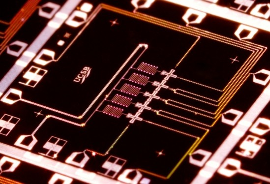 Quantum computer Qubit