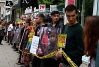 Rana Plaza Disaster: Activists form human chain in Oxford Street\'s Gap Shop