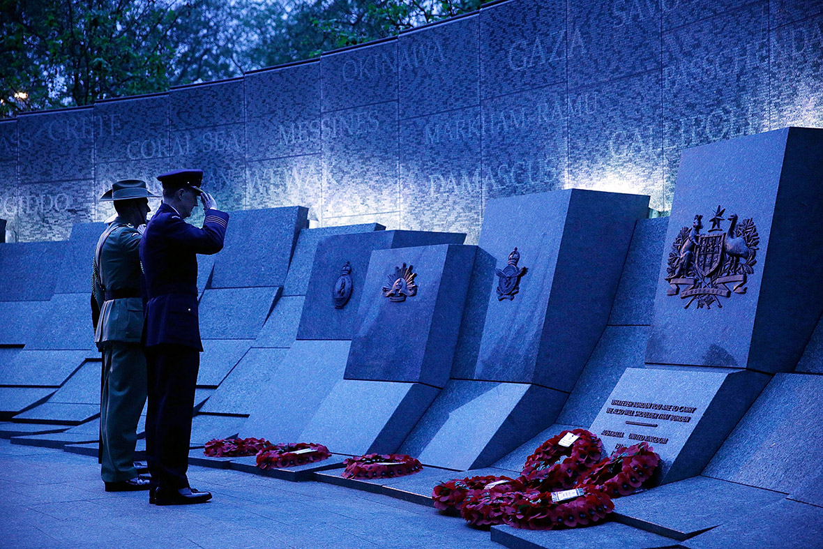 Anzac Day 2014 in Pictures: Services for Australia and New