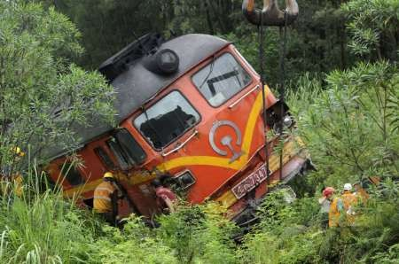 China launches safety campaign after deadly train crash