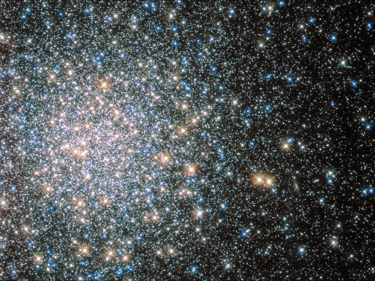 Messier 5 - 100,000 stars captured using the Hubble Space Telescope