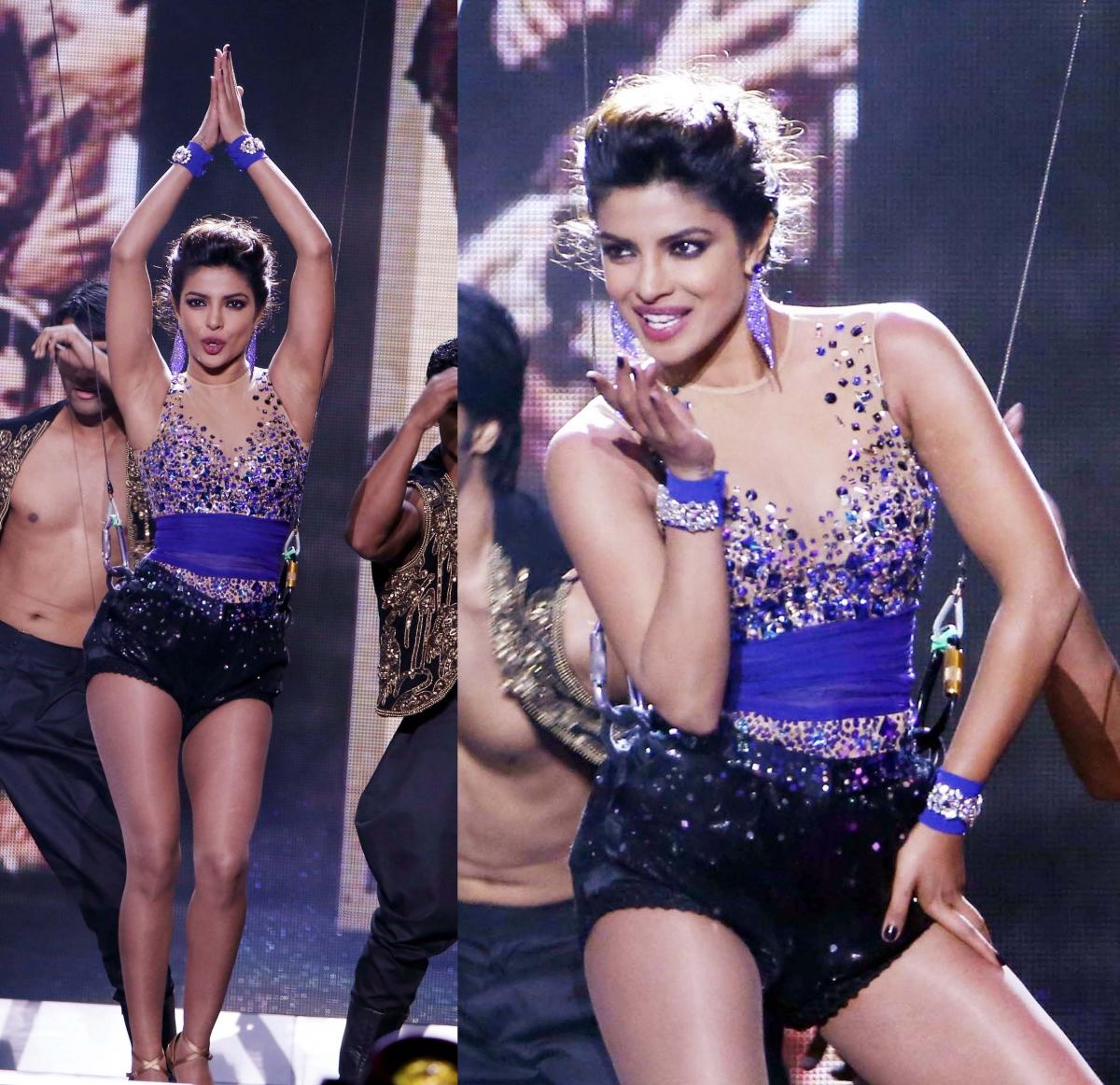 Travolta dances Indian dance with Priyanka Chopra. How is he good