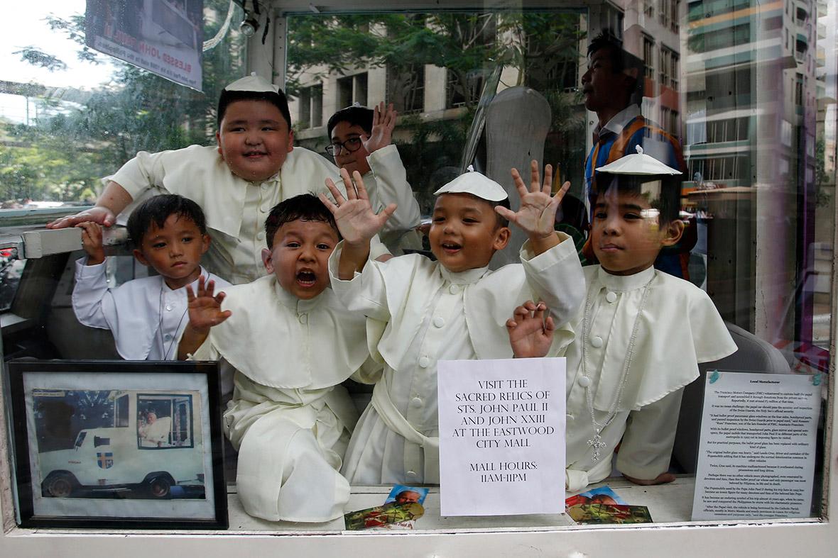 pope kids