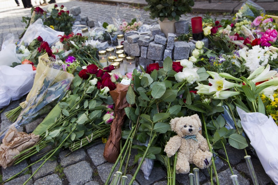 The Rose Tribute to Victims of Norway Massacre