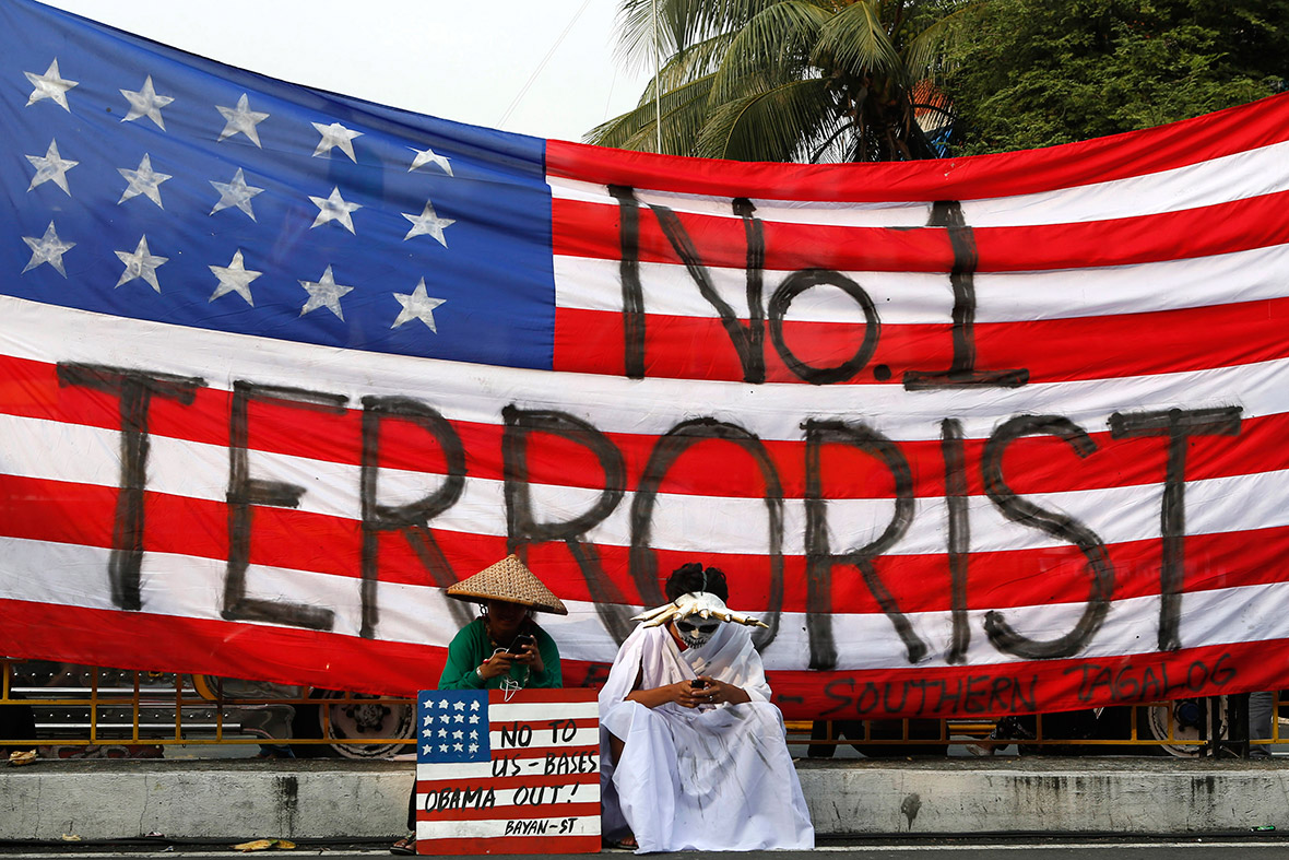 Protests Erupt as Barack Obama Signs Philippines Military ...