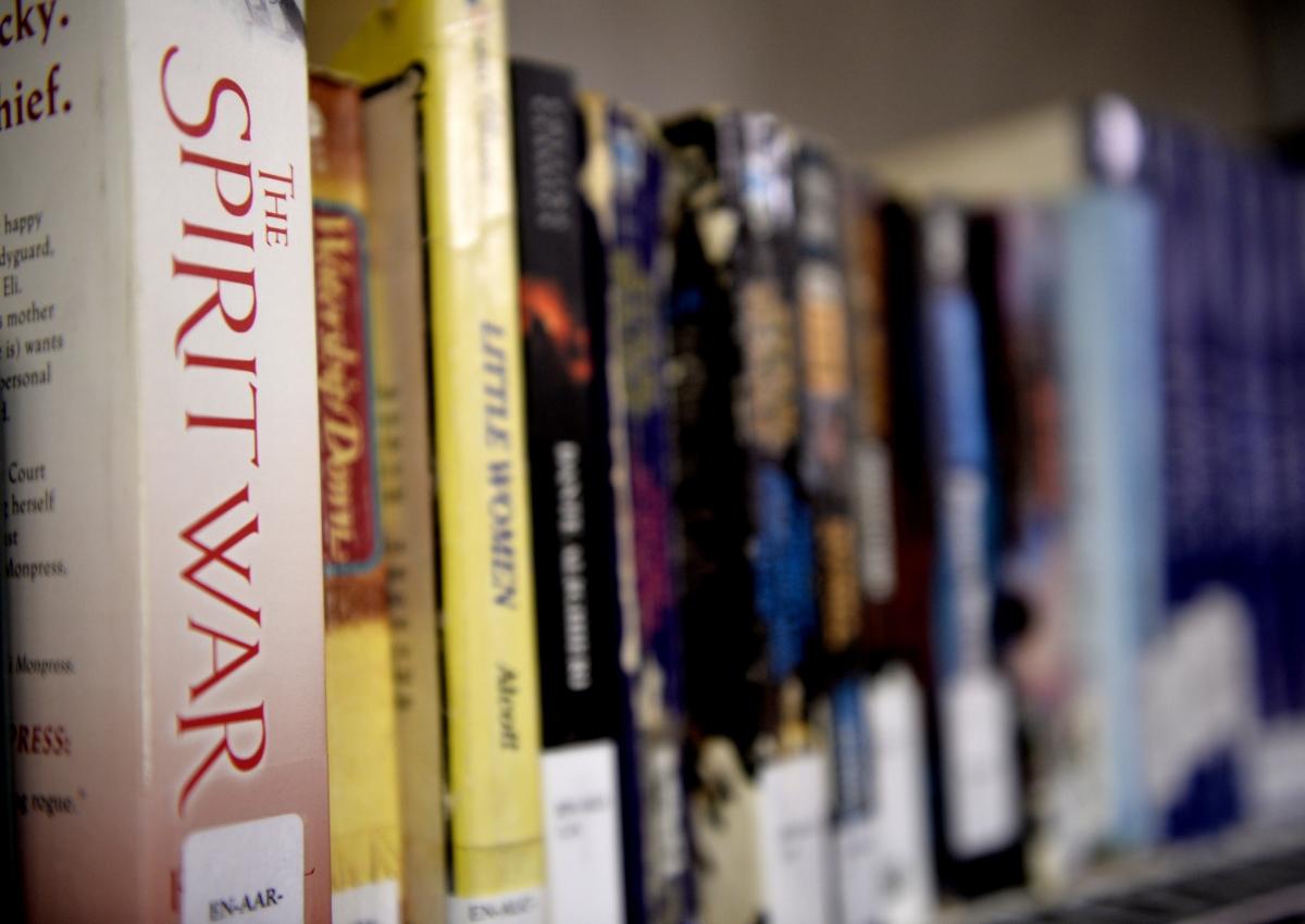 Books to Prisoners