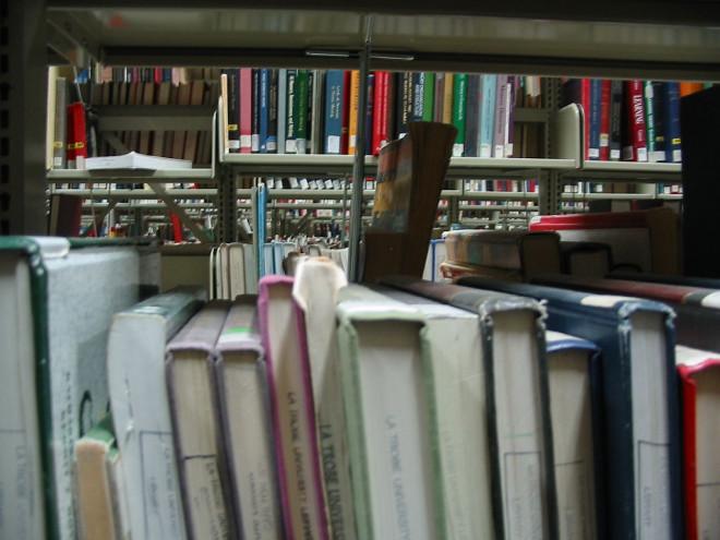 La Trobe University library