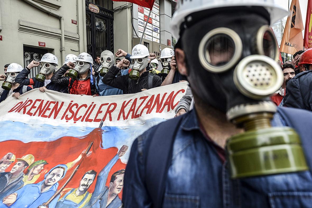 gas masks banner