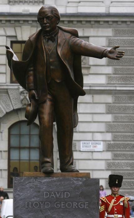 Lloyd George statue