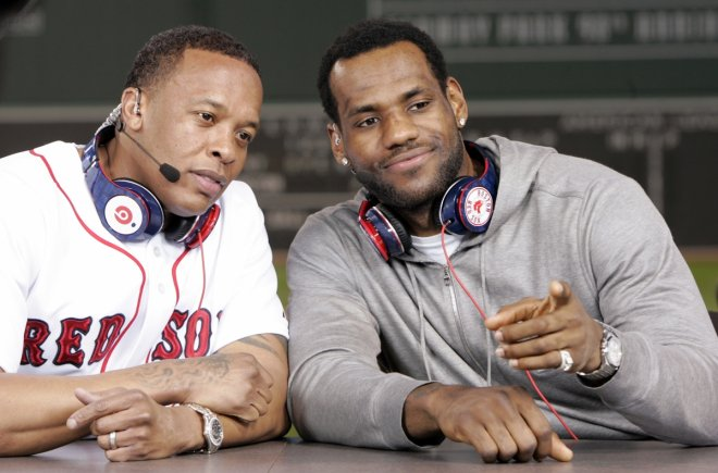Cleveland Cavaliers LeBron James and recording artist Dr. Dre (L)