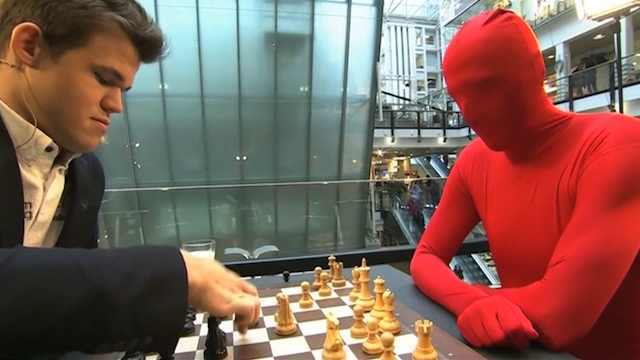 Chess World Champion Plays Norway on Live TV