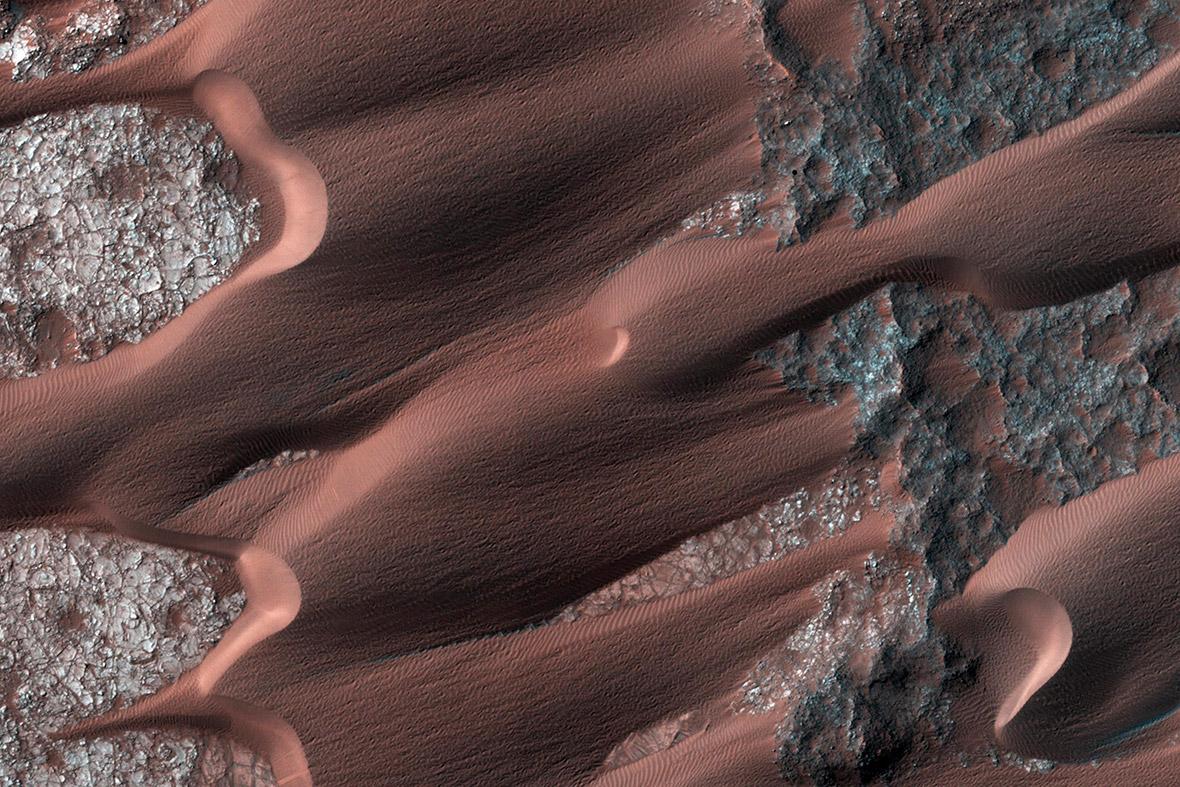 mars dunes
