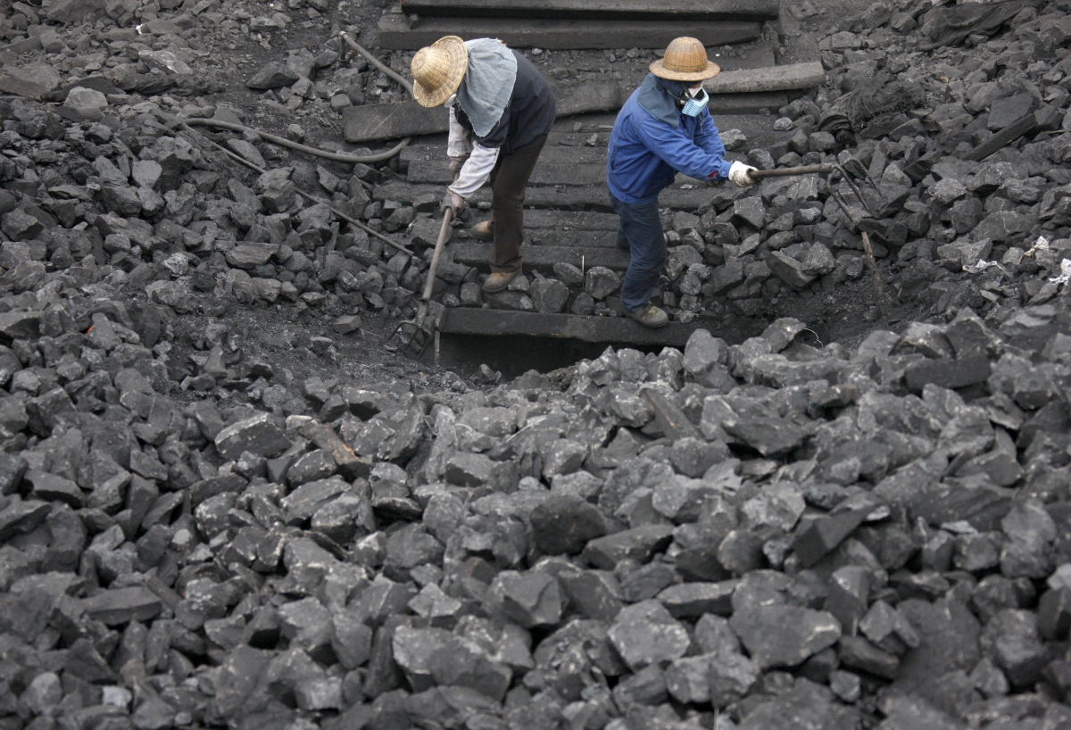 A story claiming that a Chinese miner was found alive after spending 17 years underground has turned out to be a hoax.