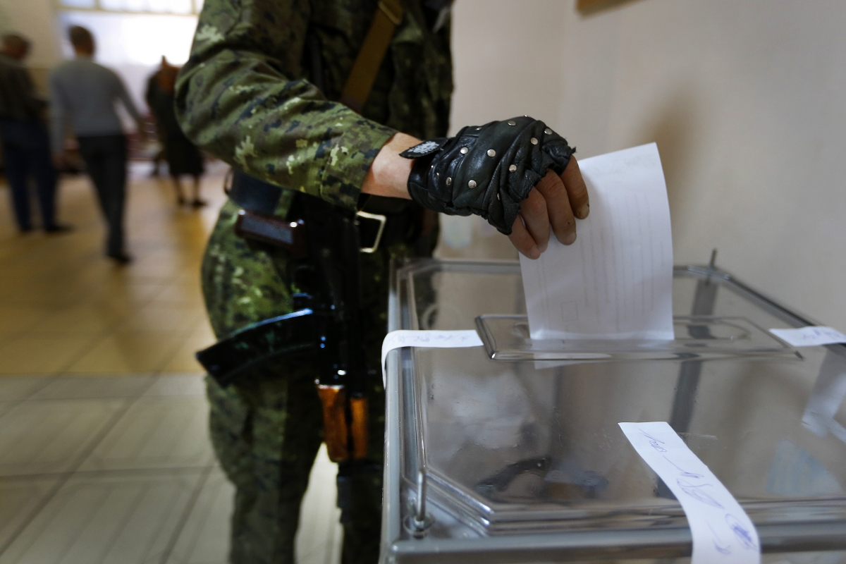 Slavyansk referendum soldier votes