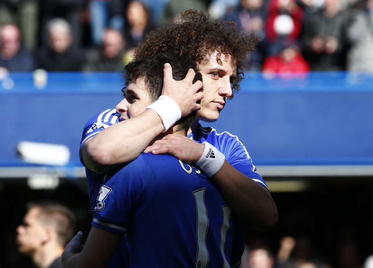 Laurent Blanc Confirms PSG Interest in Chelsea Duo Oscar and David Luiz