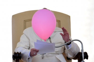pope balloon