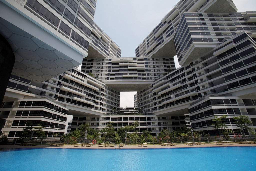 Singapore Home Sales Strike Five-Month High Amid Declining Prices