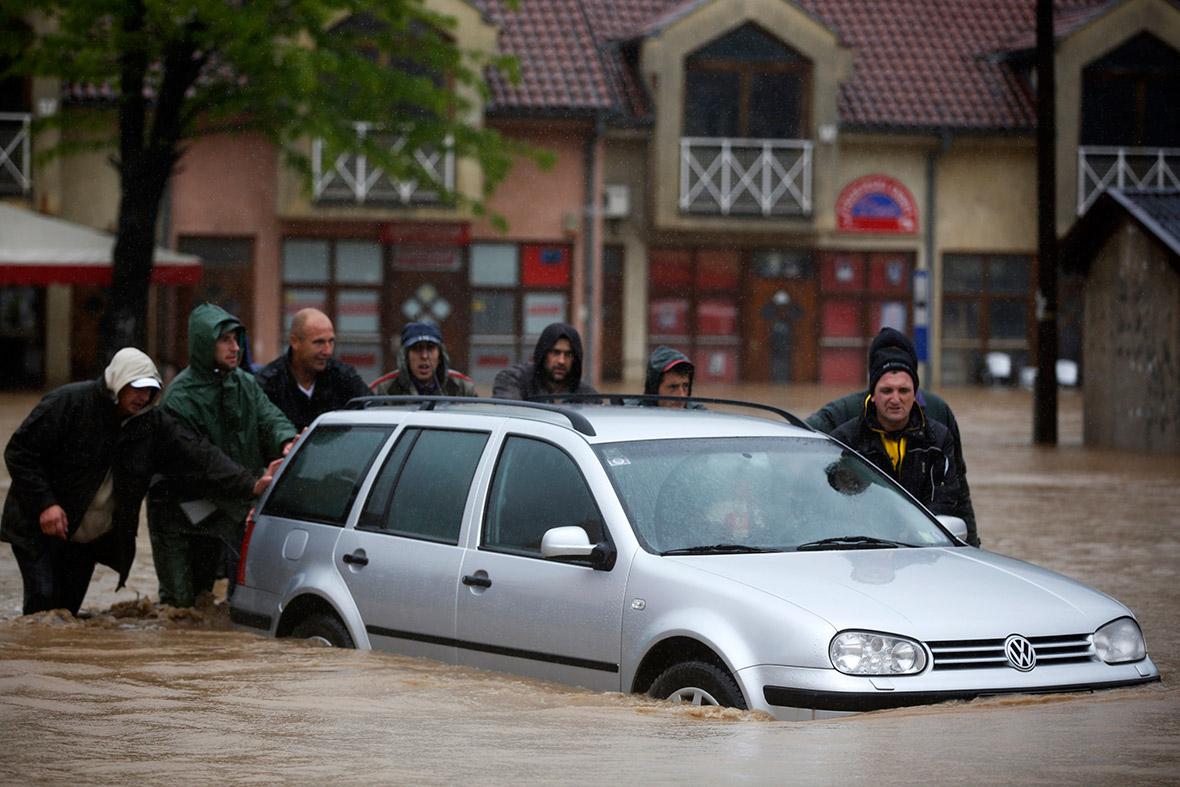 bosnia car