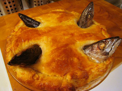 Britain's favourite dish is Stargazy Pie, believe many Chinese. (WikiCommons)