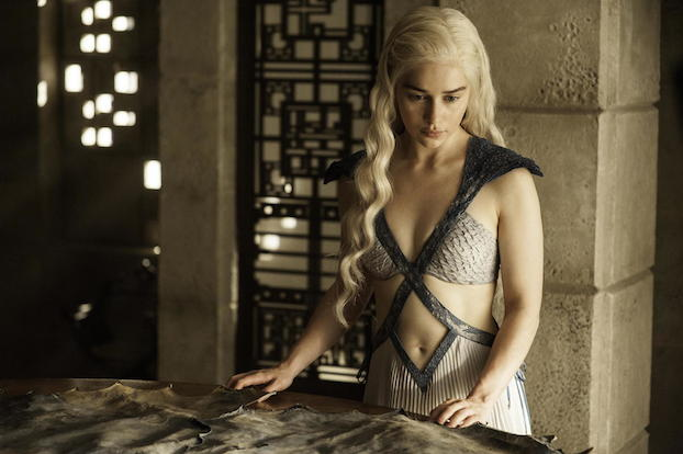 Daenerys in Game of Thrones Season 4 'Mockingbird'