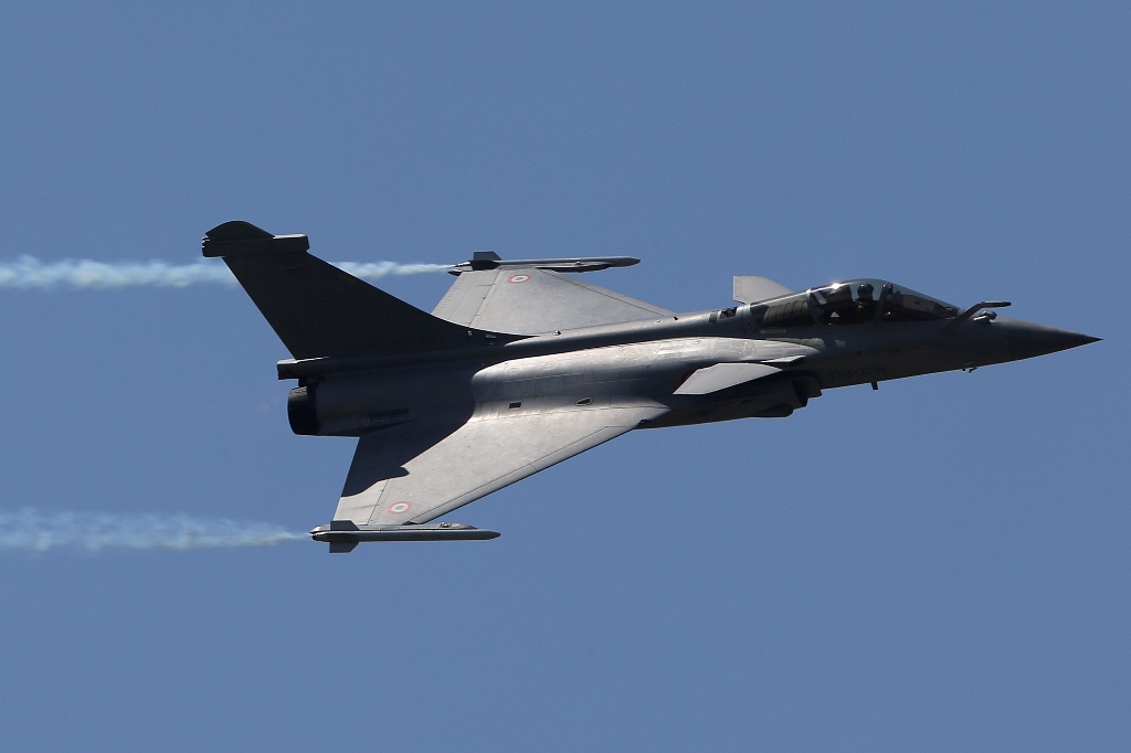France's Dassault Hopes to Sign $15bn Rafale India Deal This Year