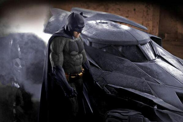 fan made version of new Batsuit, in colour