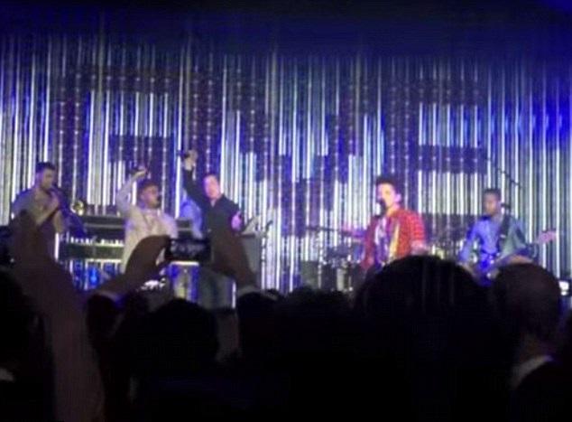Brad Pitt Plays Tambourine with Bruno Mars