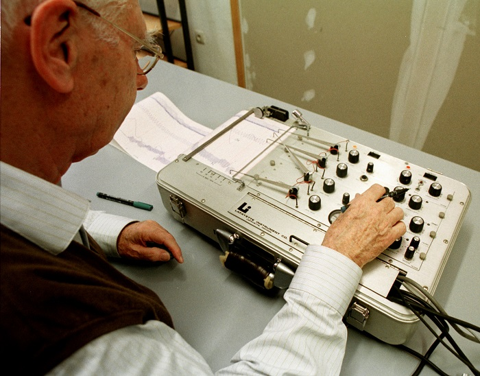 High-risk sex offenders will be given mandatory polygraph tests every six months under new government plans.