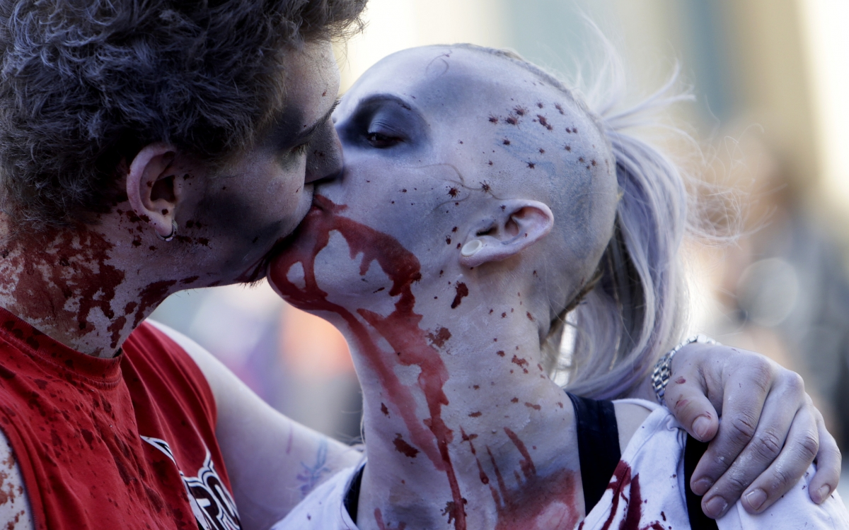 Who says romance is dead? (or maybe that should be undead)
