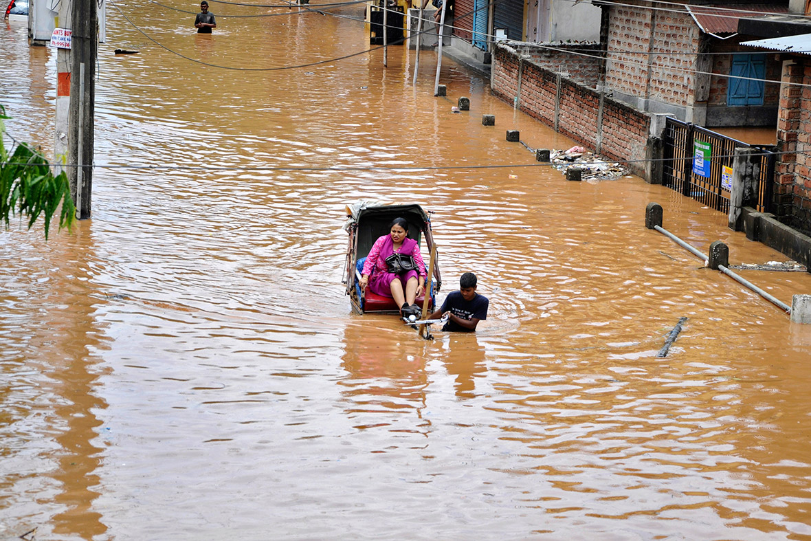 essays on floods in india Advertisements: many systematic steps are being taken for control and management of floods the quantity of water and rate of its flow is controlled in water flow system.