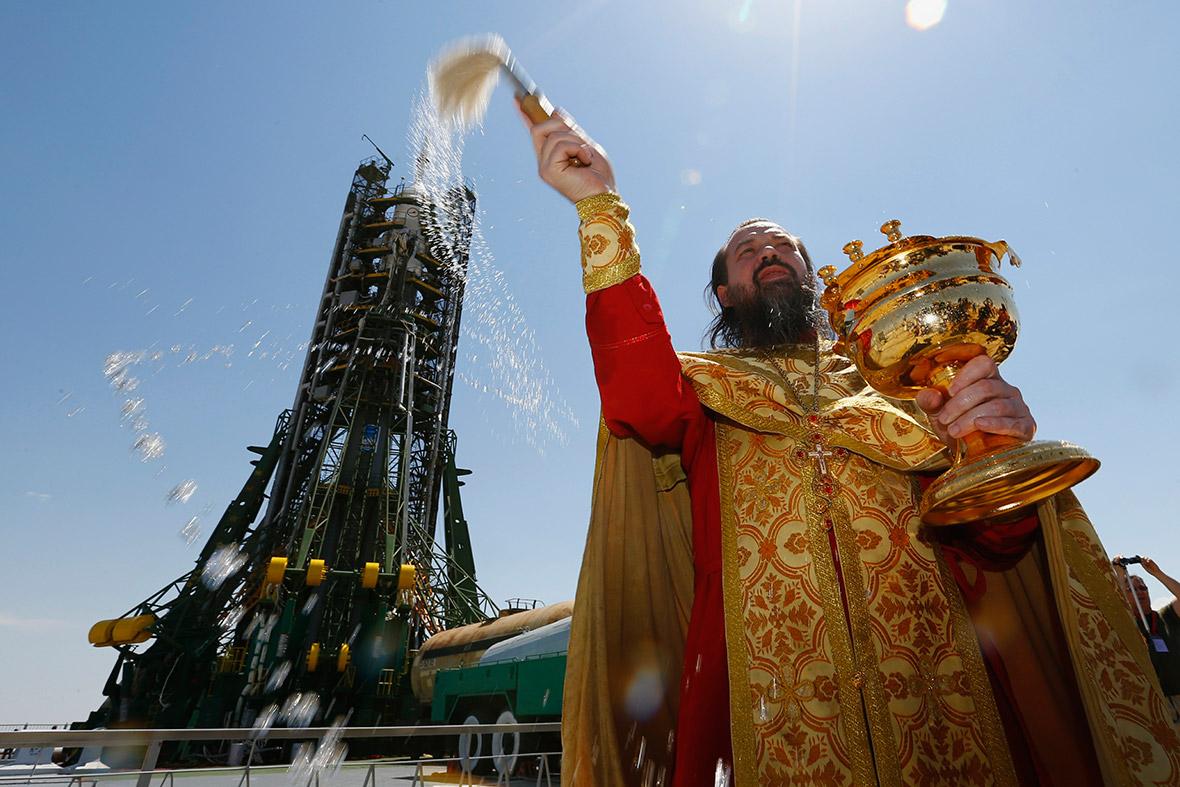 soyuz priest