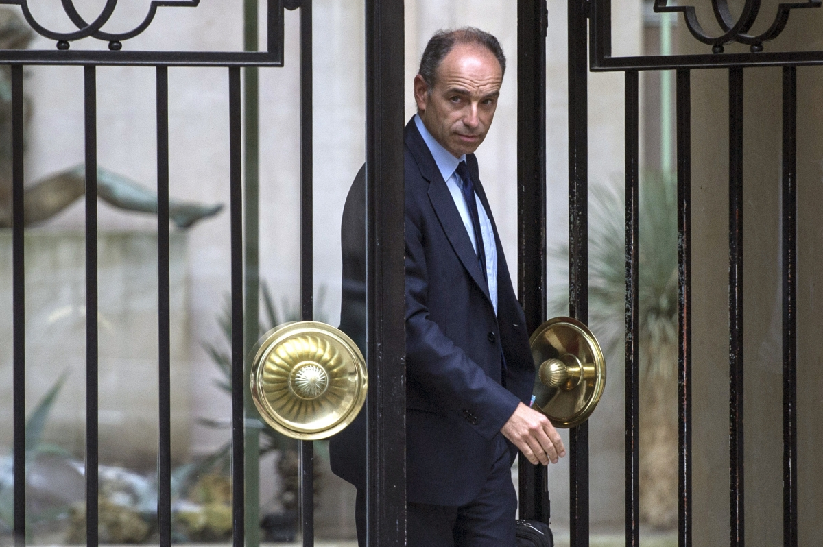 UMP Jean-François Cope Quits Fake Invoices Scandal EU Vote FN