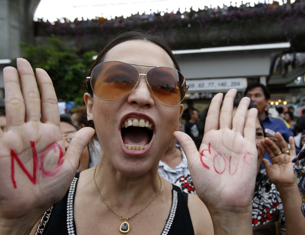 Bangkok Anti-Coup Protesters Gather at Monument