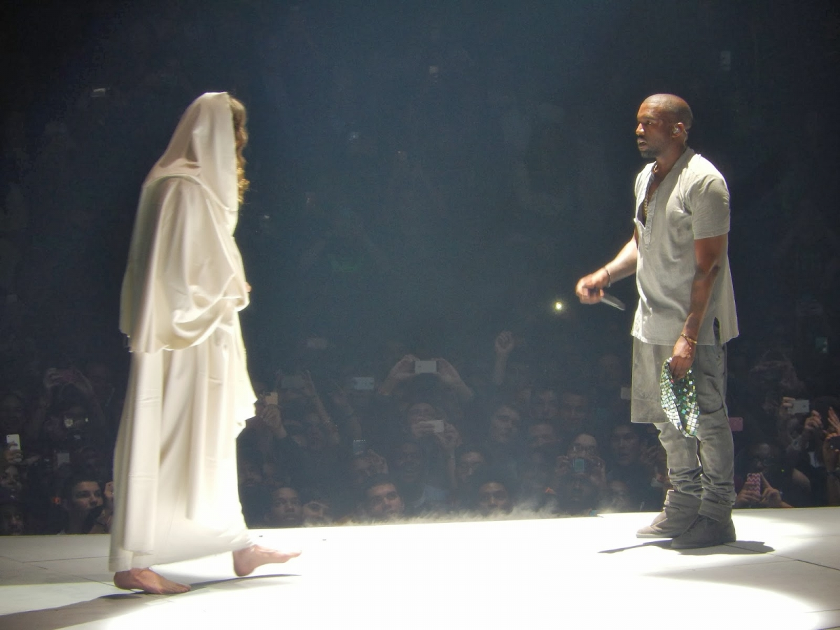 Kanye West performing Jesus Walks