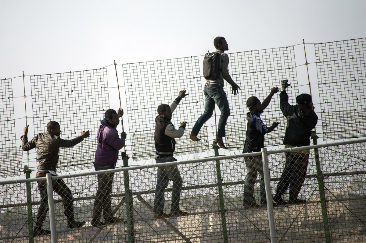 500 African Migrants Jump Morocco-Spain Fence
