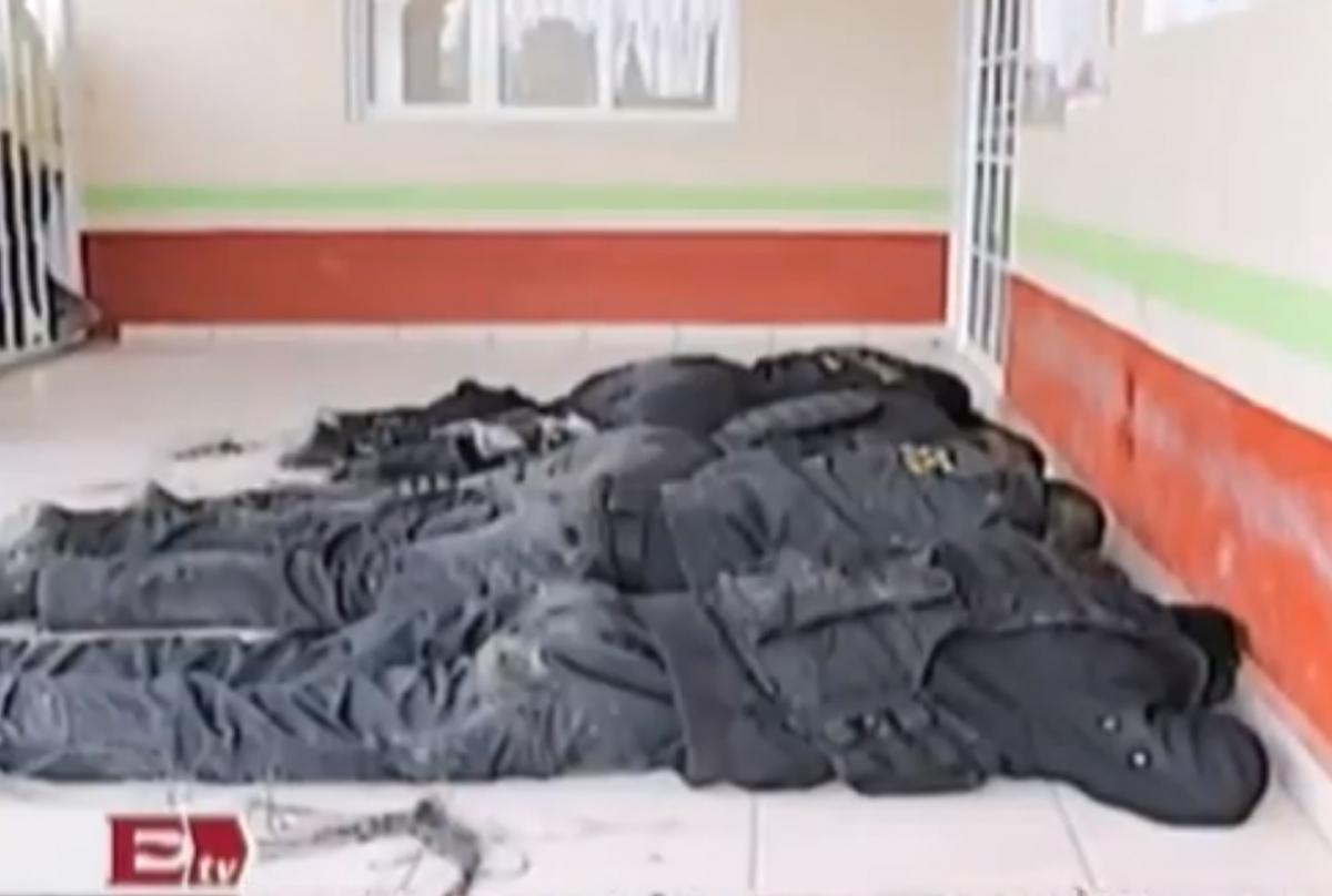 Mexico Policemen Lynched Mob San Andrés Tlalamac