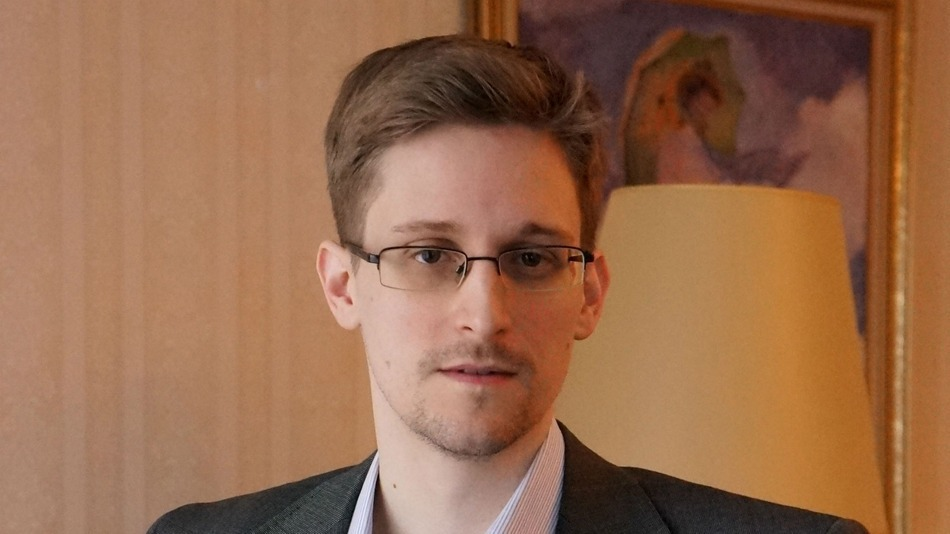Snowden: Any Intelligence Agency Can Hack Your Phone